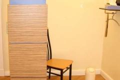 Schamwand (Arztpraxis) - Zebrano-Holz mit farbigem Schichtstoff