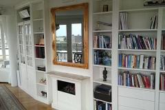Bücherregal mit Schubladen - weiß lackiert