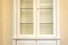 Geschirrschrank - MDF weiß lackiert