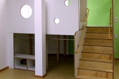 Spielpodest (Kindergarten) - Multiplexplatten weiß beschichtet