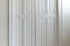 Zimmertür, zweiflügelig - weiß lackiert